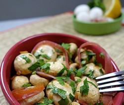 Tapas de champignons et jambon cru