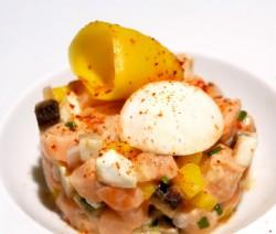 Tartare de saumon aux champignons et à la mangue